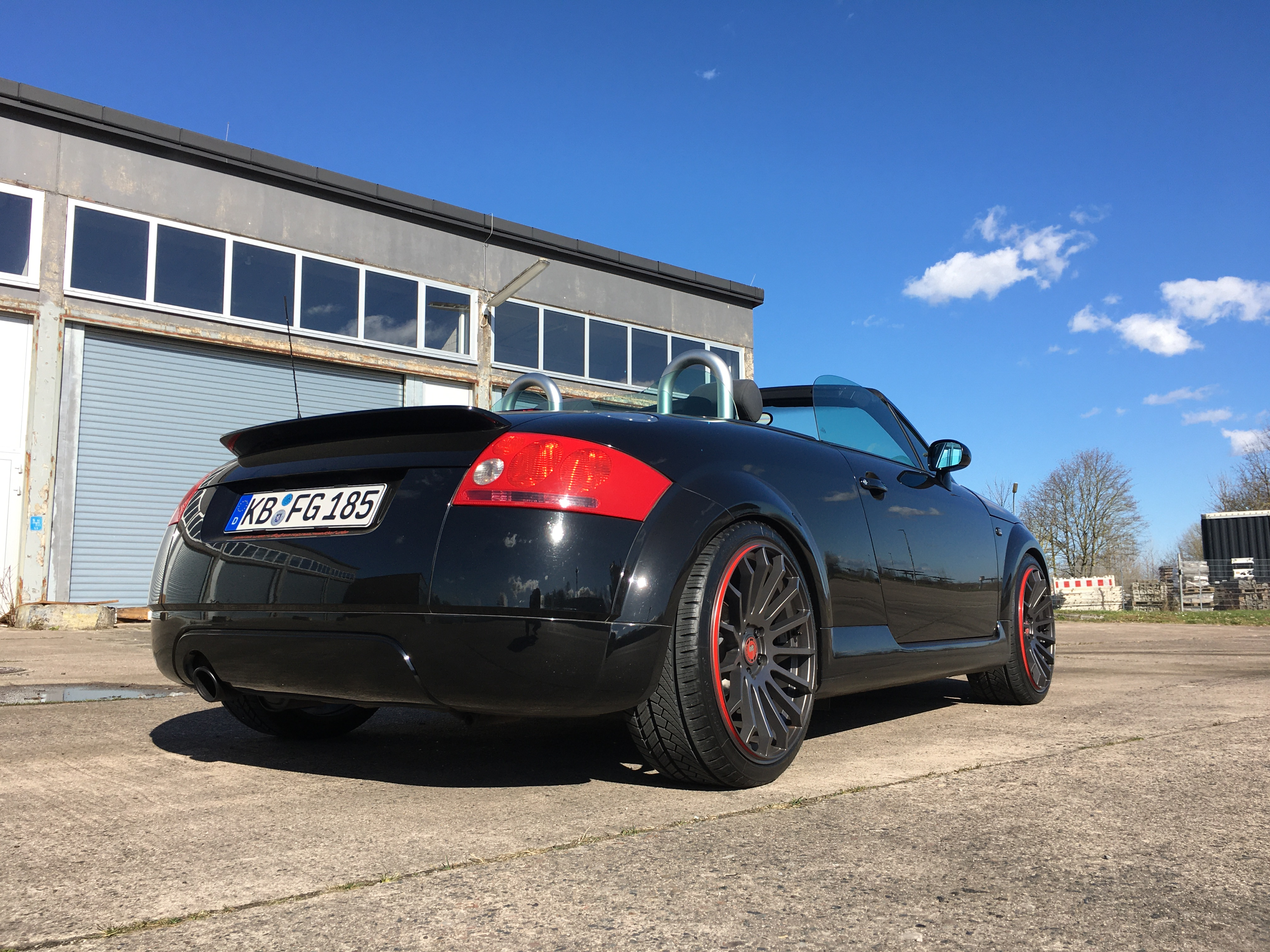 Audi TT Roadster mit Schmidt Revolution Wheels